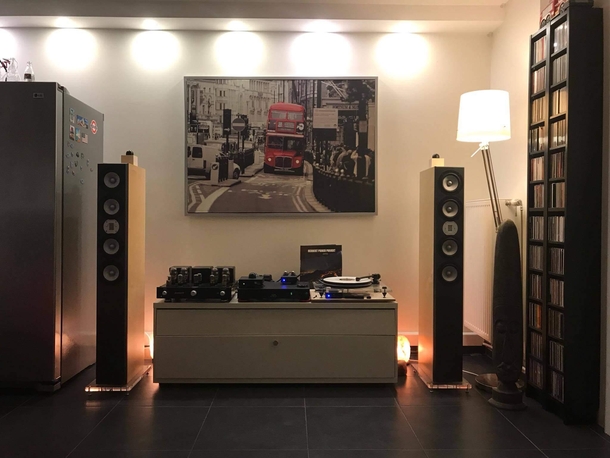 23192234 712473718950350 500254998 o - Photos Kundenanlagen + Ausstellungen